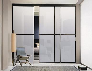 Двери из стекла - современный оригинальный декор комнат
