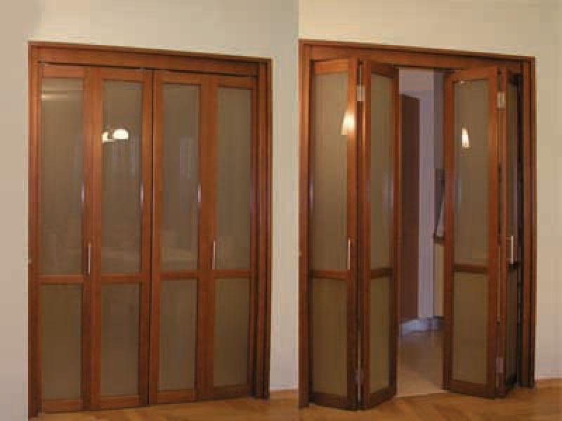 Как установить складывающуюся дверь