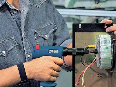 Импульсные шуруповерты: новые возможности  в работе с древесиной