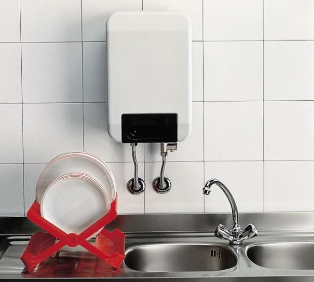 Какой тип водонагревателя: проточный или накопительный - более удобен?