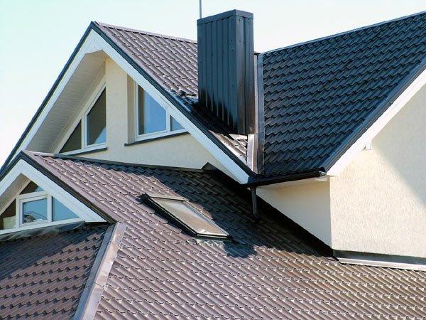 Покрываем крышу металлочерепицей