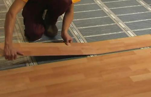 Как выбрать финишное напольное покрытие