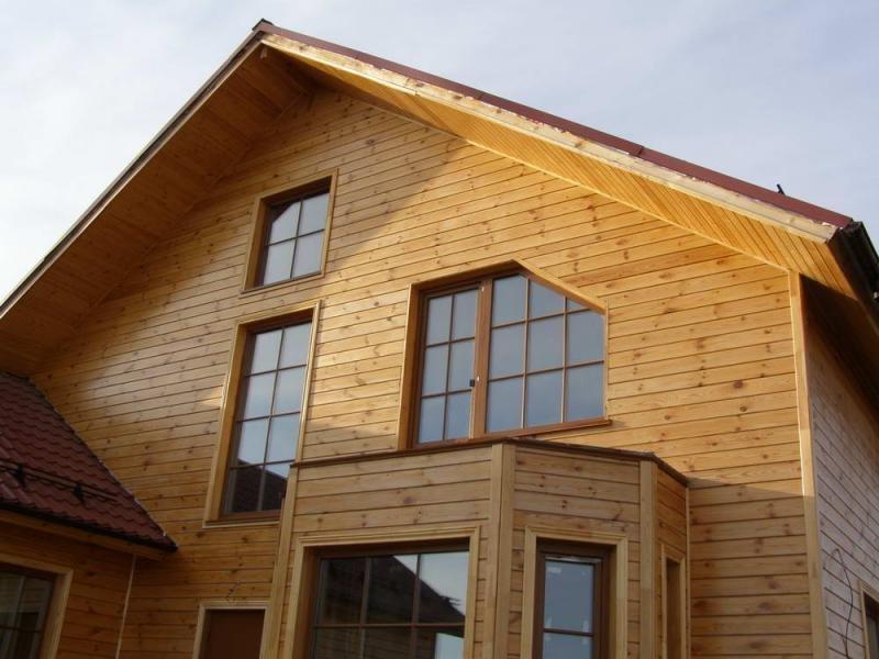 Отделка дома с имитацией бруса: особенности, применение