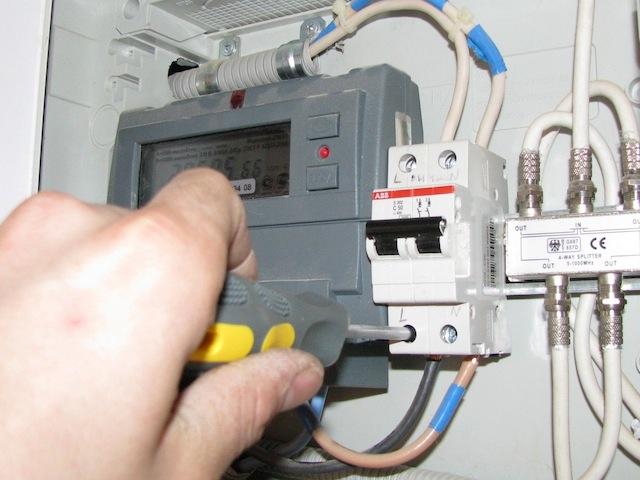 Как самостоятельно распланировать электромонтажные работы в доме