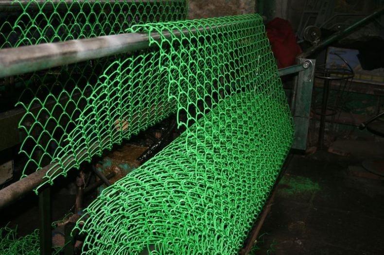 Полимерная сетка в качестве забора