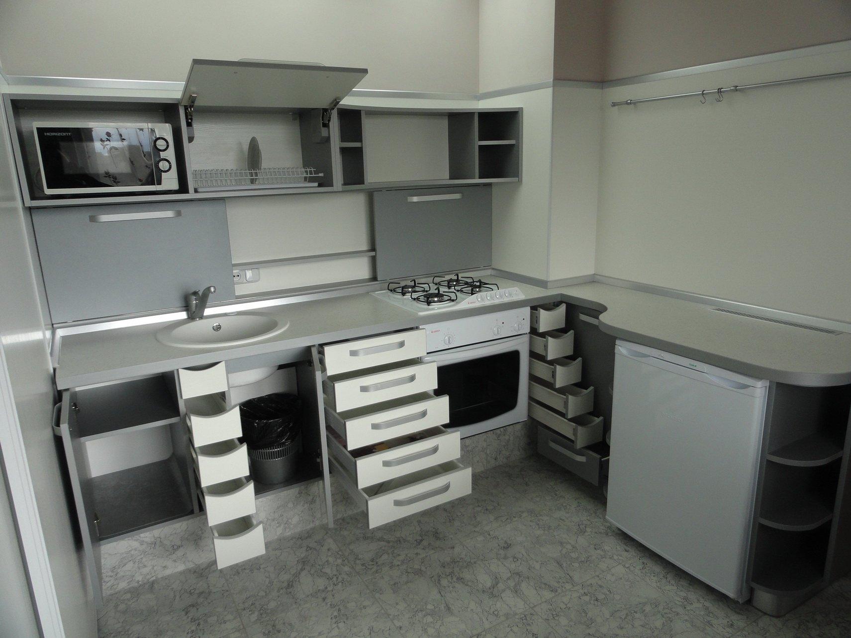 Как поменять фасады на кухонном гарнитуре