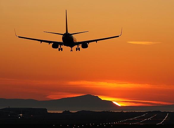 Как перевозить стройматериалы на самолете?