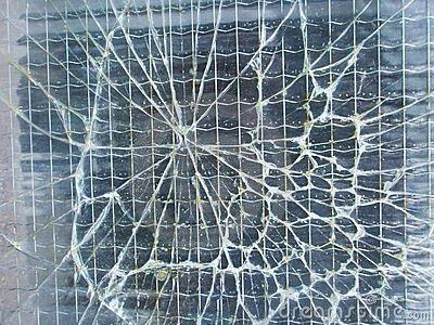 Армированнное стекло: особенности и сфера применения