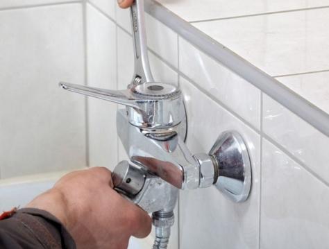 Устанавливаем сантехнику первый раз: как выбрать трубы?