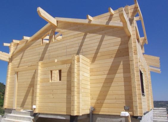 Строим дом из бруса - в чем плюс?