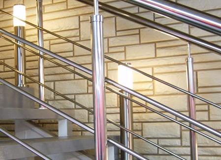 Металлические лестничные конструкции на заказ – красота и функциональность по доступной цене