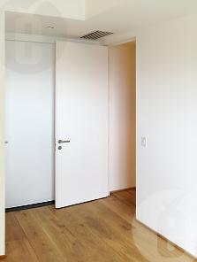 Комплектация скрытой двери