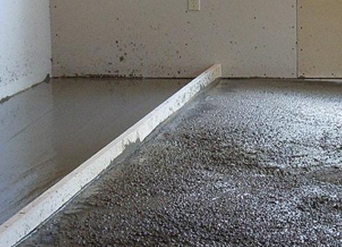 Цементно - песчаная стяжка пола