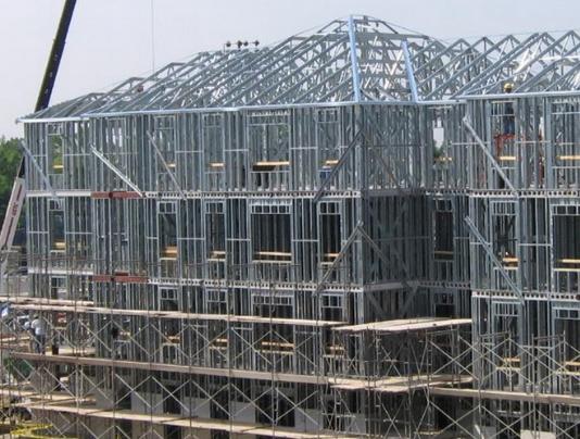 Здания из металлоконструкция для жизни и бизнеса