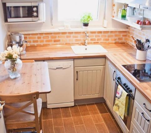 Три очевидных преимущества маленькой кухни