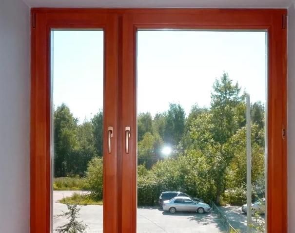 Почему устаревшие деревянные окна меняют на современные евроокна в Москве?