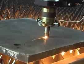 Лазерная резка стальных листов