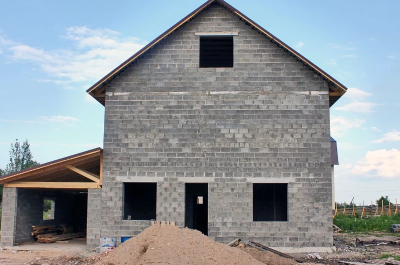 Почему стоит строить дом именно из керамзитобетонных блоков?