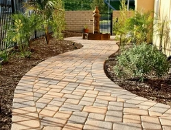Какую плитку выбрать для садовой дорожки?